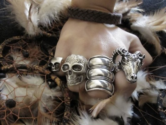 skull rings